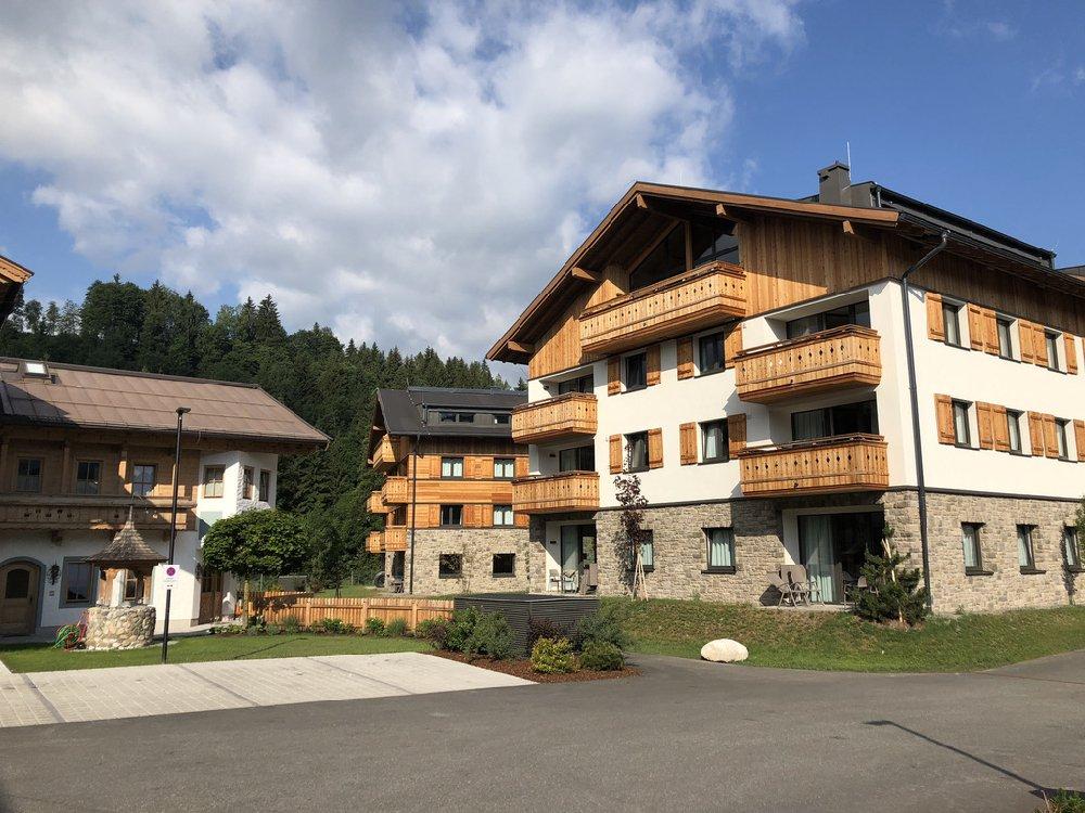 Appartement met de bergen op de achtergrond