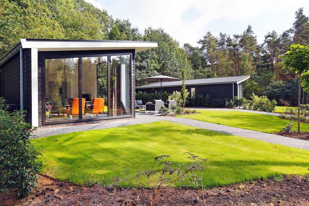 Lodge in een bosrijke omgeving