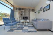 Blauw en grijs tinten in het vakantiehuis in Bloemendaal aan zee