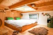 Vide met tweepersoons bed in het tiny house op de Veluwe