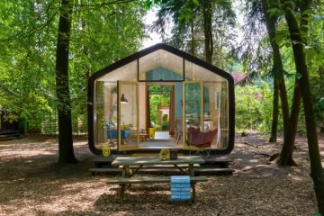 Bijzonder vakantiehuis, een wikkelhouse, gemaakt van karton