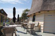 Terras bij het vakantiehuis in Egmond