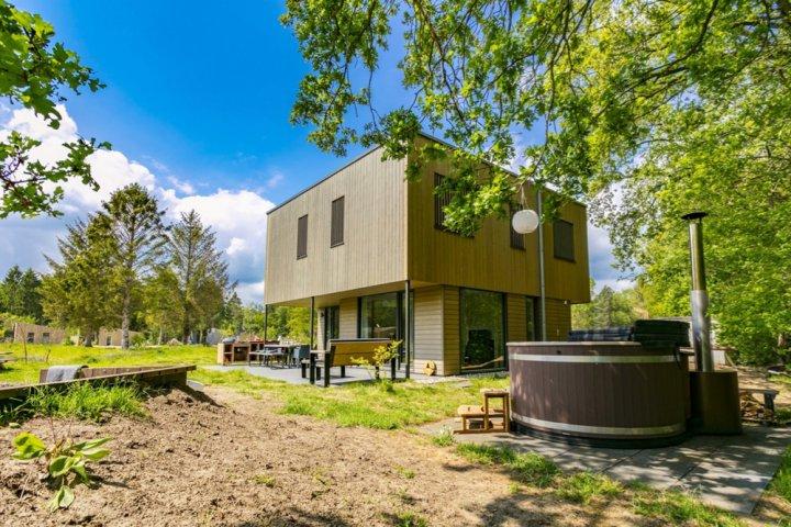 Vakantiehuis met hot tub in Drenthe