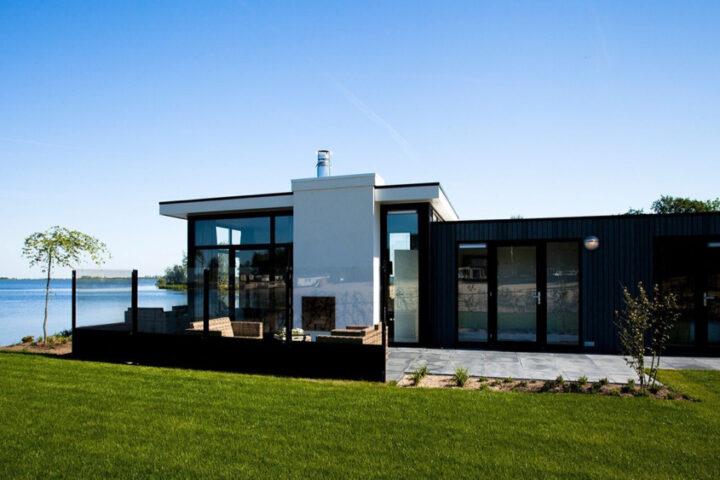 Vakantiehuizen aan het water