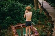 Plunge pool bij het vakantiehuis in het bos